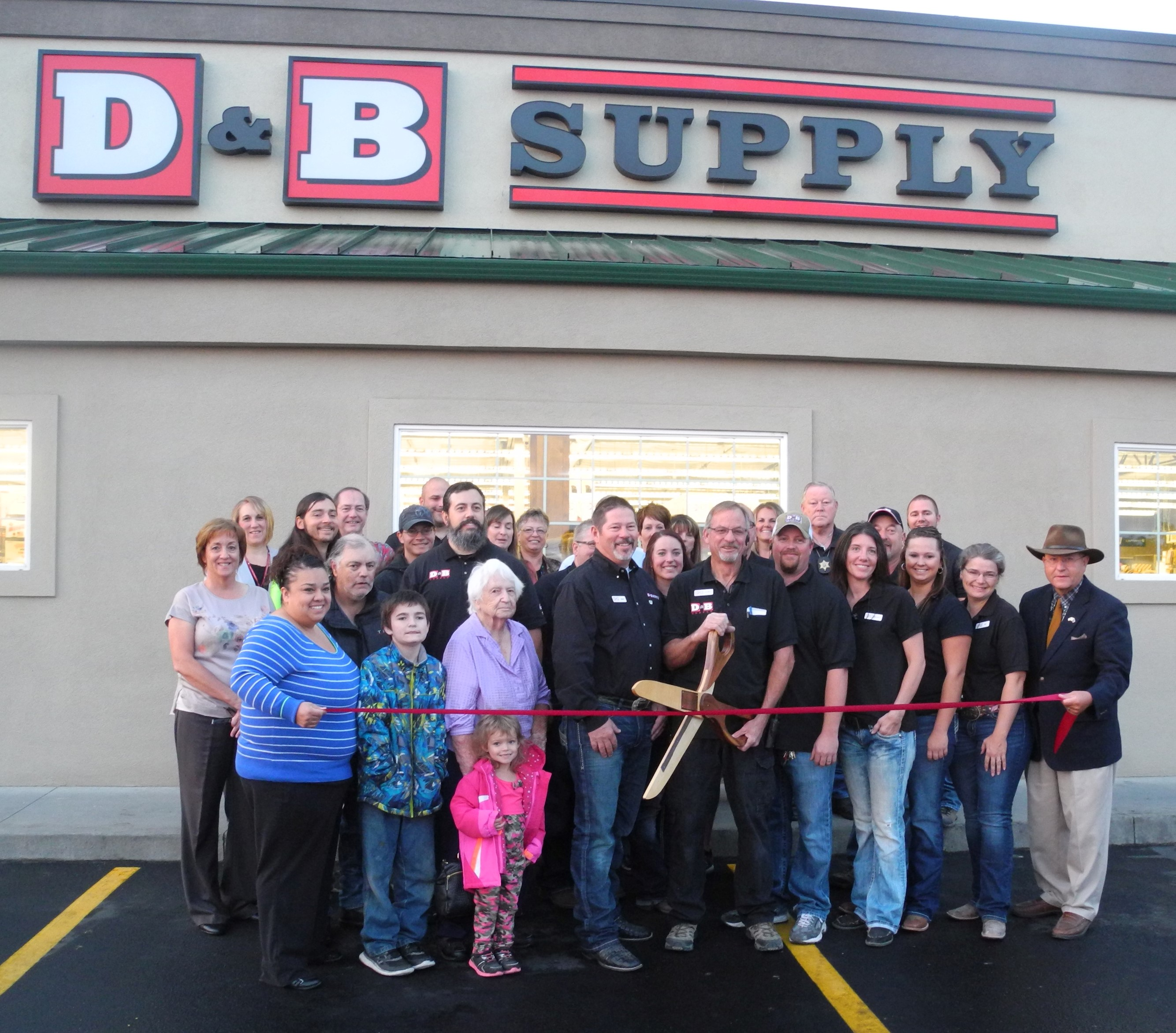Ribbon Cutting D B Supply Gem County Chamber Of Commerce